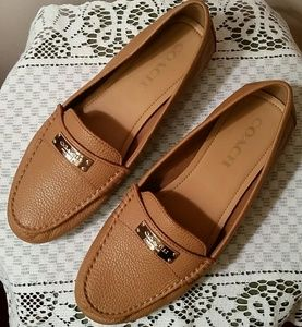 NWOT COACH Fredrica Pebble Leather Loafers